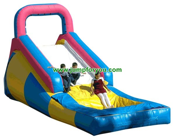 Inflatable Slides And Teampolines For The Water 35