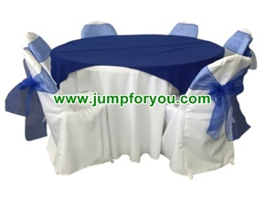 Round Table & Round Back Chair Covers (White/Blue)