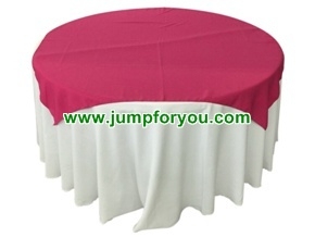 Round Table Cover (White/Violet Red)